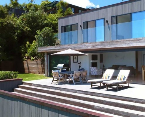 Building on Waiheke Island by showing Whelan Building's attention to detail