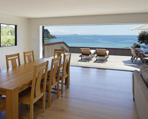 Stunning home on Waiheke built by Whelan Building